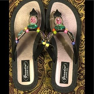 New Grandco Black Thongs With Colored Stones Sz 7
